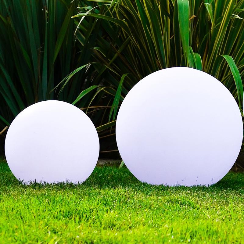 Lampade luminose galleggianti balloon ladivinapiscina - Lampade da esterno solari ...